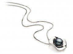 9-10mm AA Quality Freshwater Cultured Pearl Pendant in Rocio Black