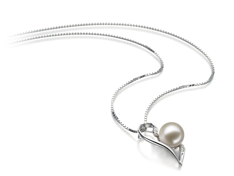 7-8mm AAAA Quality Freshwater Cultured Pearl Pendant in Carlin White