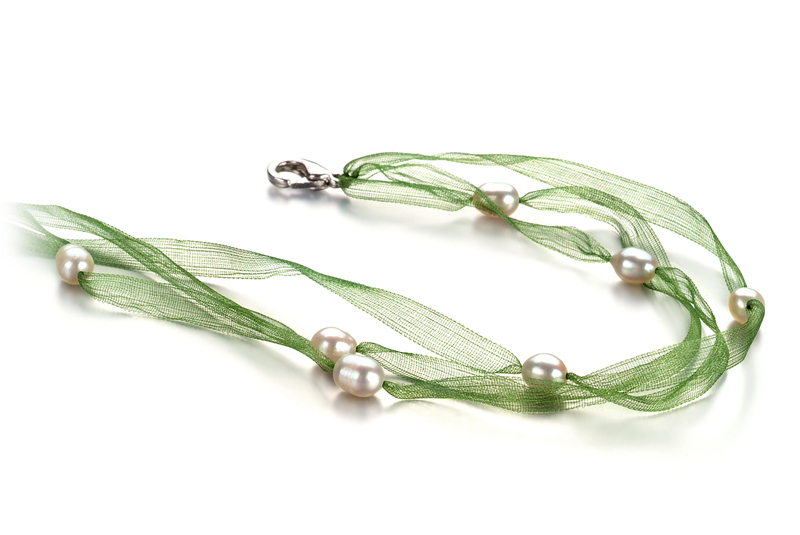 5-6mm A Quality Freshwater Cultured Pearl Necklace in Jasmine White