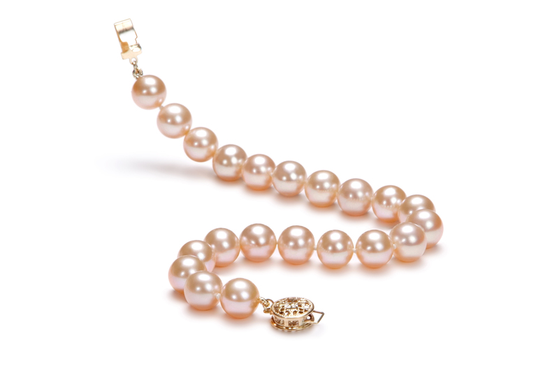 8-8.5mm AAA Quality Freshwater Cultured Pearl Bracelet in Pink