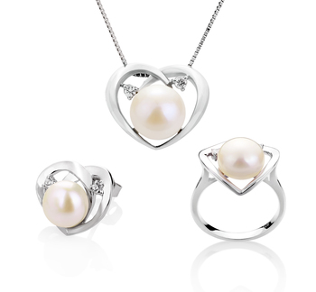 7-10mm AA Quality Freshwater Cultured Pearl Set in Katie Heart White